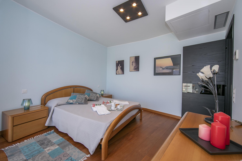 Ferienwohnung Panoramic Penthouse (2589747), Viganello, Lago di Lugano (CH), Tessin, Schweiz, Bild 15
