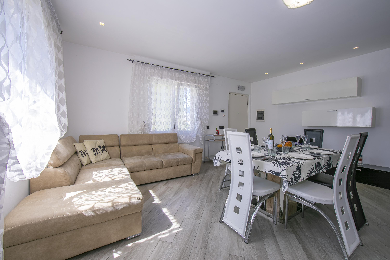 Ferienwohnung Appartamento Villa Daniel (2807077), Torbole, Gardasee, Trentino-Südtirol, Italien, Bild 3